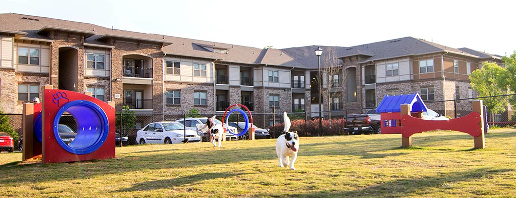 dog parks in housing and apartment communities